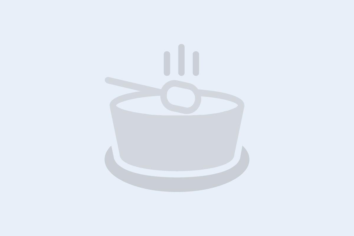 Antipasti of mozzarella, chilli, & lemon crostini